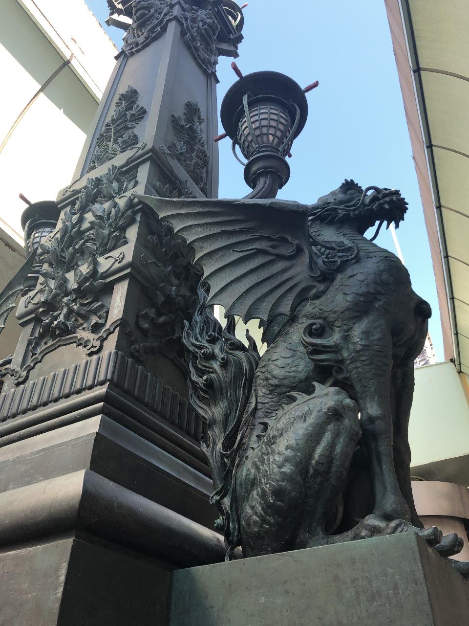青銅製の麒麟像(キリン像)